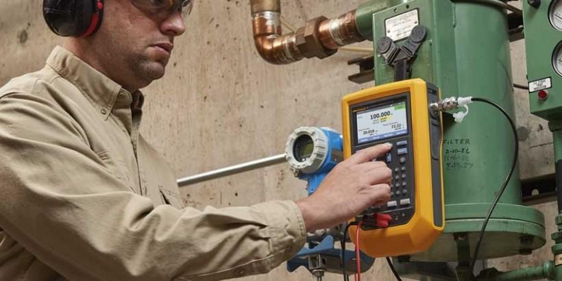 Fluke's New Automatic Pressure Calibrator